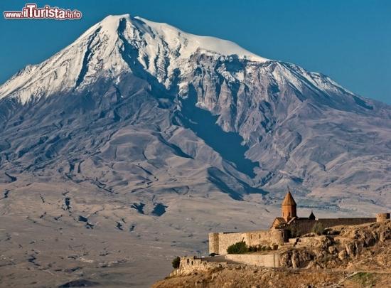 Monte_Ararat_Turchia_monastero_Armeno_121724725